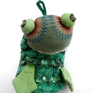 FROGGY Pot Holder Puppet Kitchen Foll Art